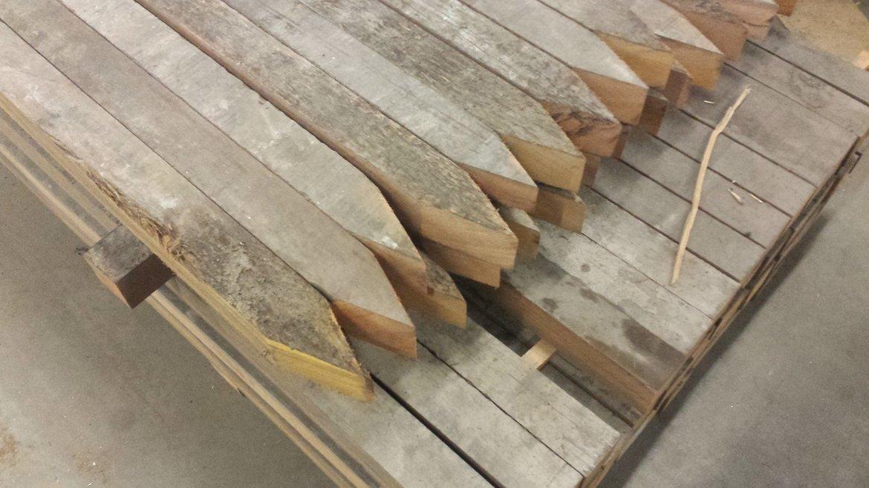 Hardhouten-palen-gebruikt