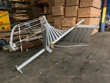 Gegalvaniseerde trap spindel brandtrap 340 cm loophoogte_
