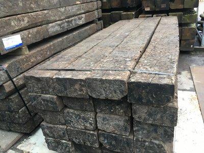 gecreosoteerde biels eikenhout gebruikt circa 15x25x260 cm