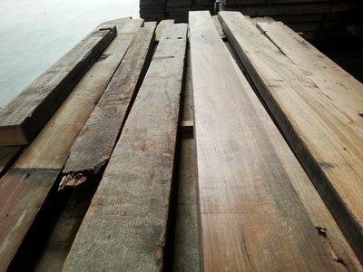 Teak planken (java) ,gebruikt prachtig voor boten of meubel